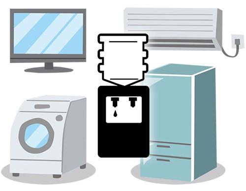 冷蔵庫やテーブル同様ウォーターサーバーの存在感は大きい